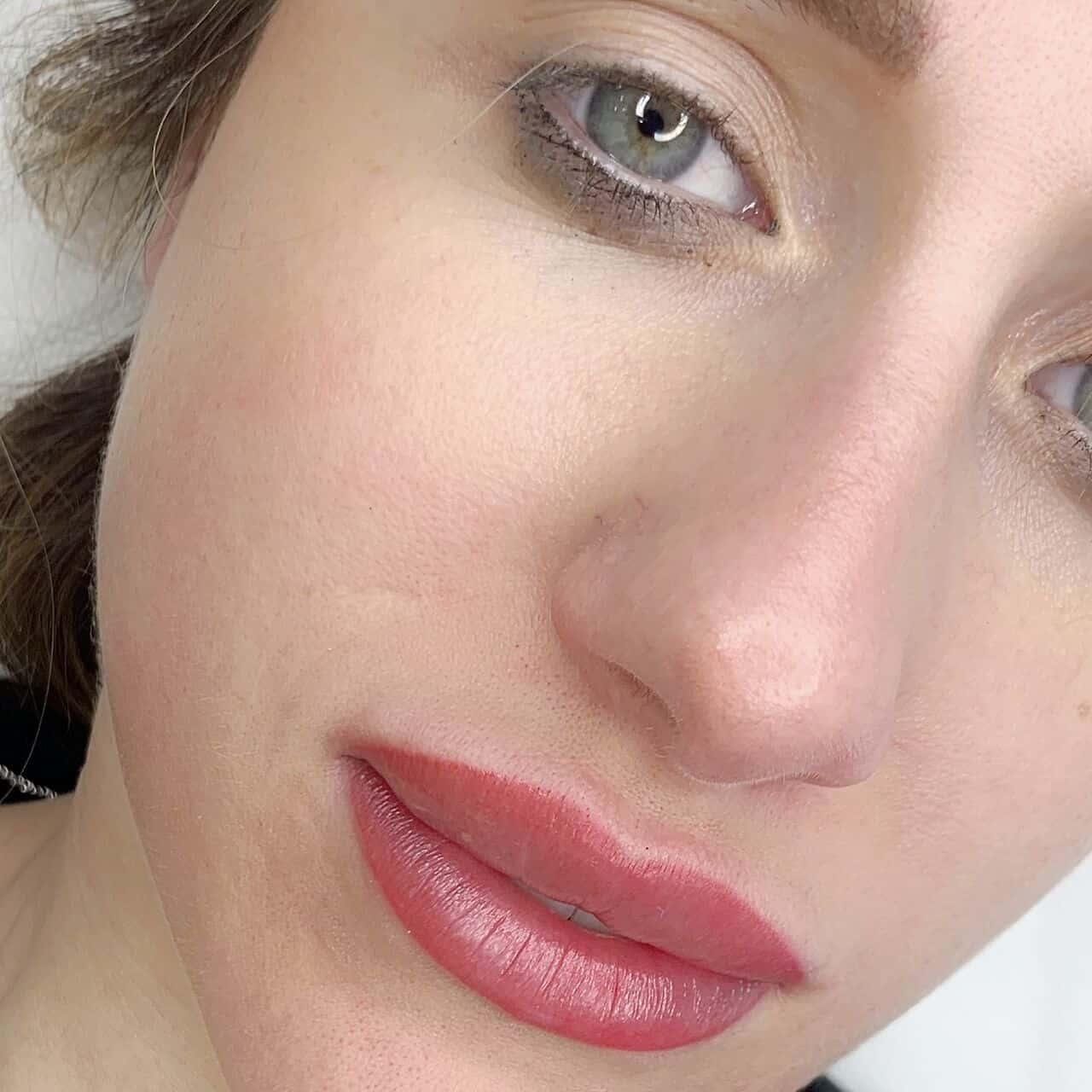 Tatuaggio Labbra Iconic Brows Manuela Maranto